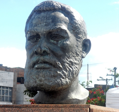 Busto de Luiz Gama no Largo do Tanque-Salvador_reduzida