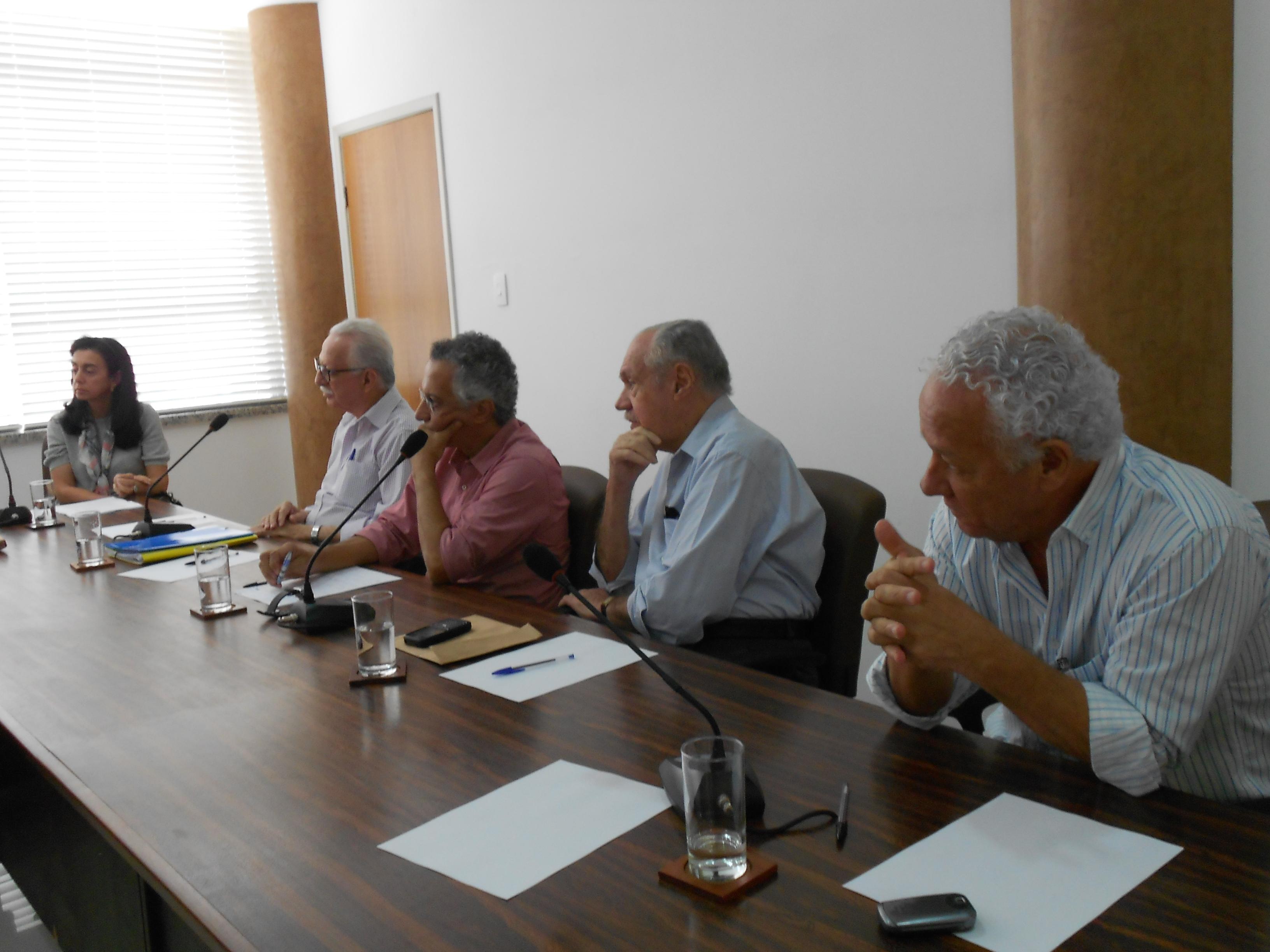 Diretores da ABI participam do debate - Foto: Joseanne Guedes